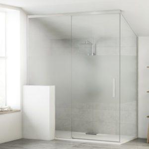 Mampara de ducha corredera hasta el techo