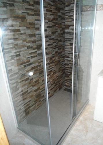 Plato de ducha de resina semienmarcado ANDROMEDA Piedra photo review