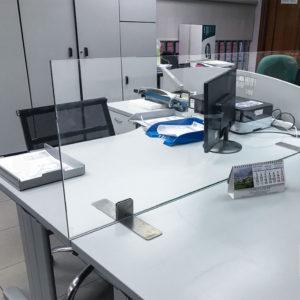 Pantalla proteccion COVID-19 para despachos