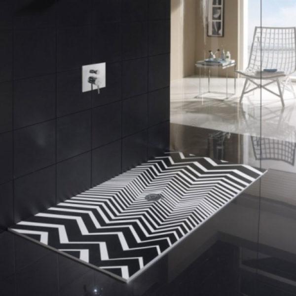 Plato de ducha con lineas tridimensionales