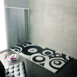 Plato de ducha a medida de resinas en color Blanco y negro