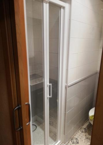 mamparas de ducha plegables barcelona